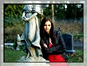 Nina Dobrev, Elena, The Vampirie Diaries
